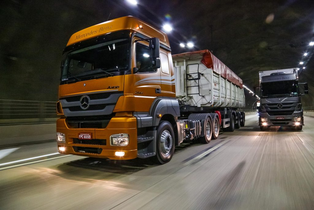 ATENÇÃO: Mercedes-Benz anuncia recall para Atego 8x2, Atron HSK e Família Axor