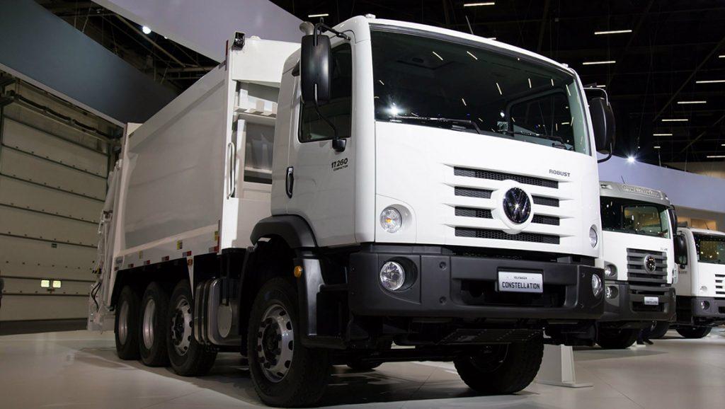 Caminhão Man Volkswagen Constellation com pacote Robust