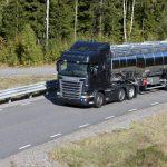 Scania R440 lidera as vendas de caminhões até abril de 2018