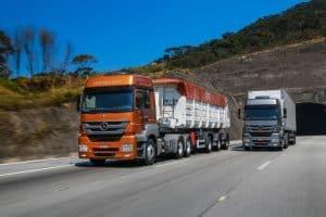 Movimento de caminhões