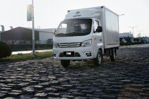 Foton testa caminhão semileve a gás