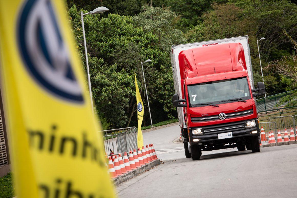 VW Caminhões e Ônibus oferece cursos gratuitos para os caminhoneiros
