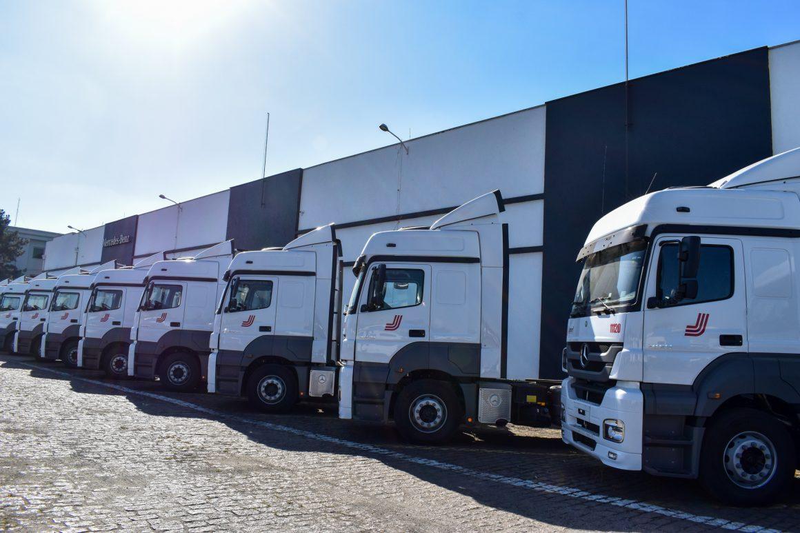 Transporte rodoviário de cargas dá sinais de recuperação