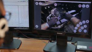 Óculos de realidade aumentada é a nova aposta da Mercedes-Benz para aperfeiçoar serviços da rede