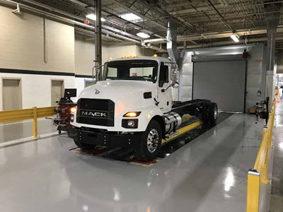 Mack Trucks retorna ao mercado de caminhões médios nos EUA