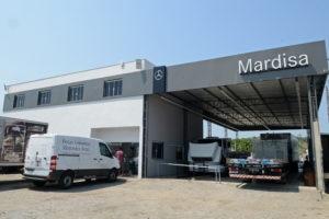 Mercedes-Benz lança Truck Center em posto de combustível para atendimento rápido