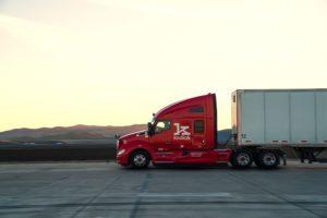 Caminhões autônomos da Kodiak usam pneus Bridgestone