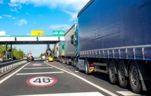 Enquete aponta adesão de 63% dos caminhoneiros às paralisações
