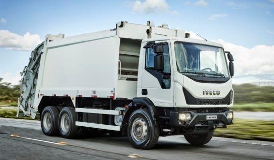 Iveco lança caminhão Tector 17-300 para coleta de resíduos