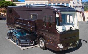 Motorhome a venda por R$ 42,4 milhões traz Bugatti de brinde